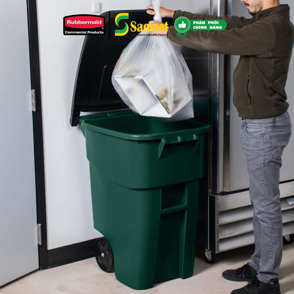 thùng brute đựng rác