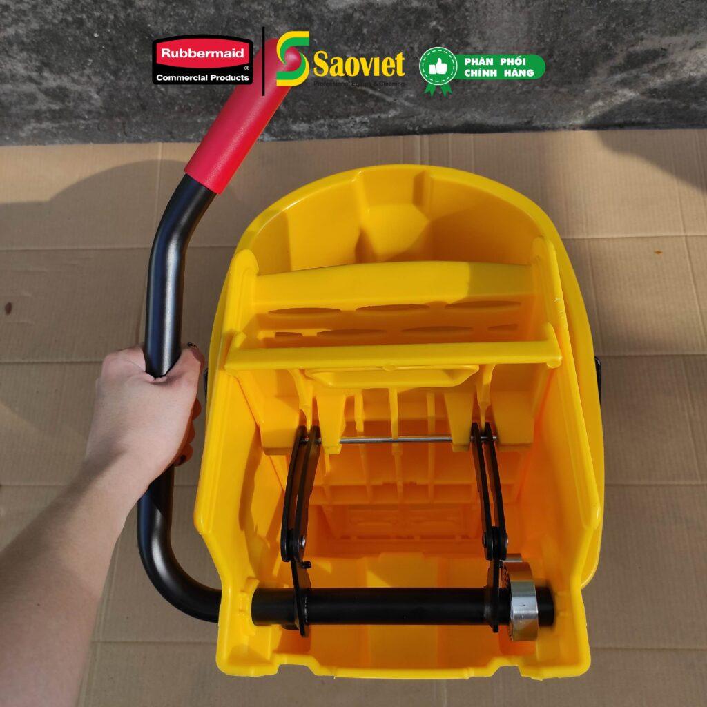Xe vắt nước - bộ dụng cụ vệ sinh không thể thiếu trong mỗi gia đình