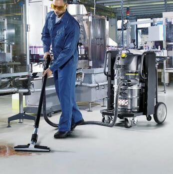 vệ sinh an toàn với máy hút bụi công nghiệp